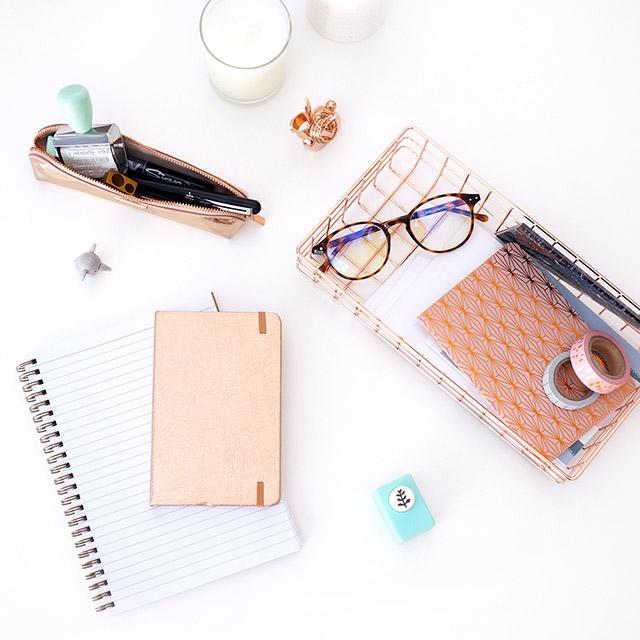 Cahiers et fournitures tendance pour femme de 30 ans