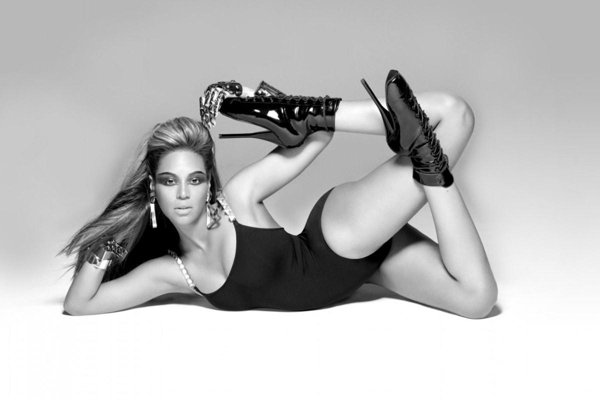 Beyoncé a 30 ans et danse comme une déesse