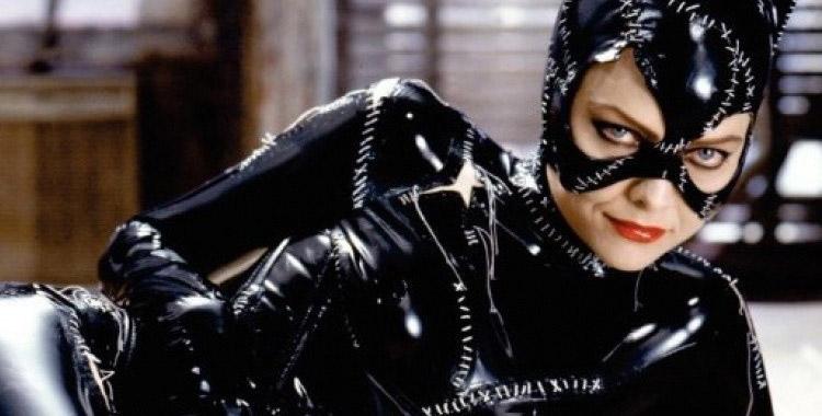 Michelle Pieffer est Catwoman
