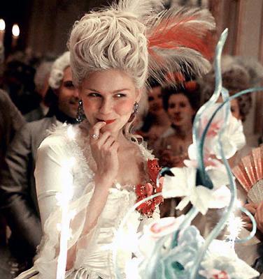 Kirsten Dunst alias Marie-Antoinette est malicieuse