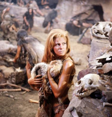 Raquel Welsh en femme des cavernes