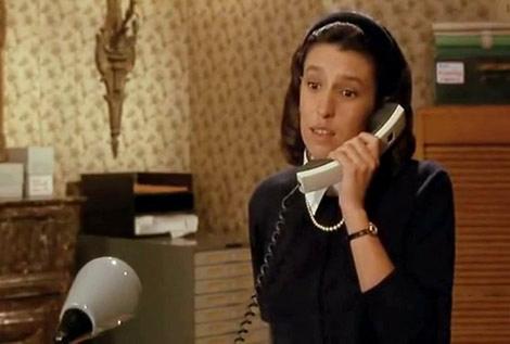 Anémone au téléphone